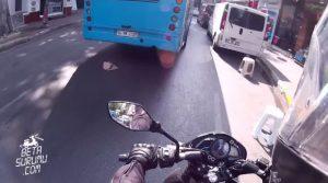 İstanbul-Trafiğinde-Motovlog-Çekememek-Geçen-Yine-Motordayım