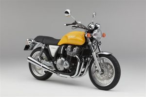 2017-honda-cb1100-ex-review-specs-motorcycle-retro-vintage-bike-cb-1100-cb1100ex-30